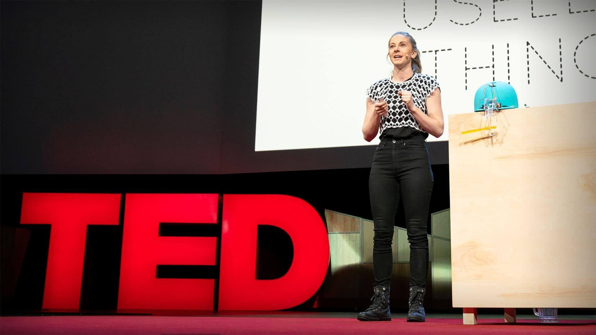 הרצאות מעוררות השראה מס' 10: סימון גירץ – למה כדאי לעשות דברים חסרי תועלת